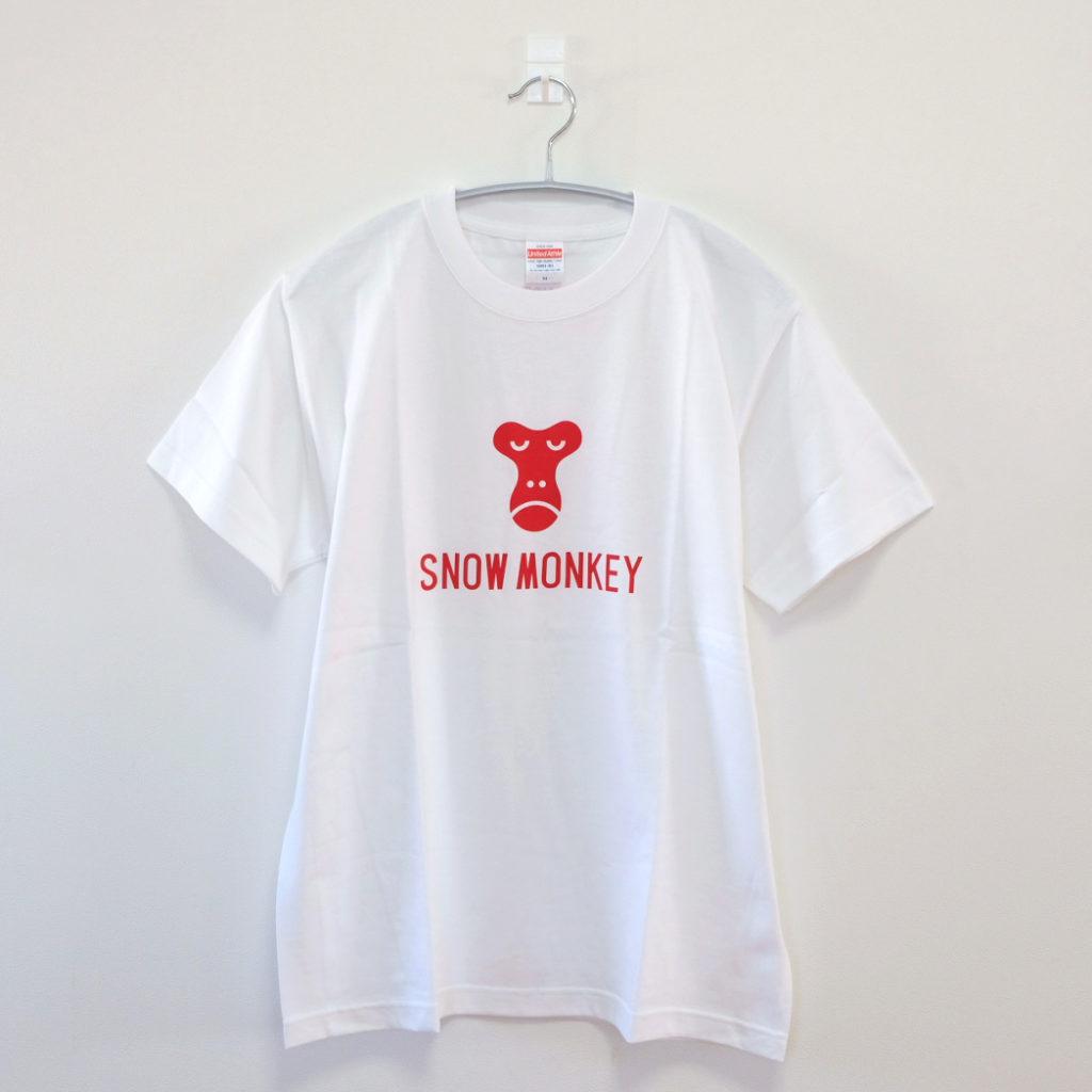 白のTシャツ